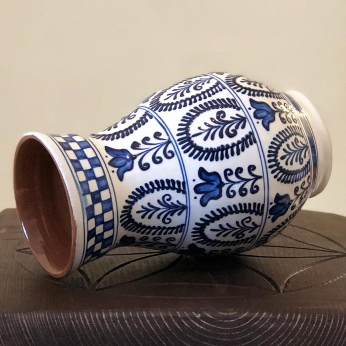 Vază alb-albastră model 2 1