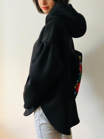 Gabriela Atanasiu - Hanorac cu rucsac [3]