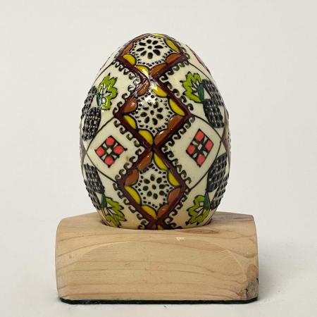 Ou încondeiat model 600