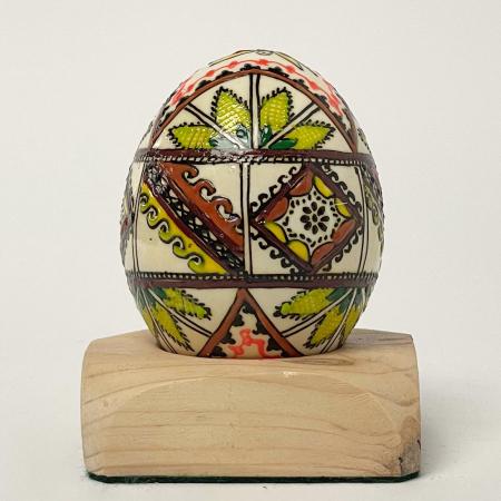 Ou încondeiat model 682