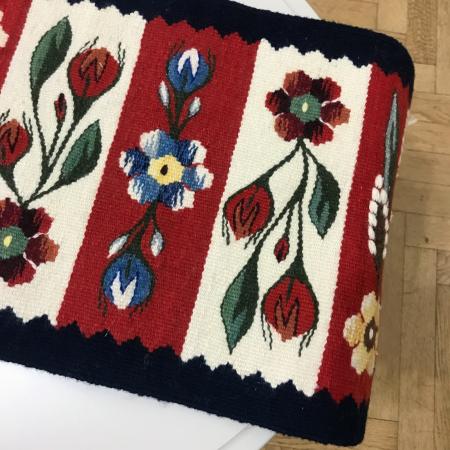 Carpetă motiv mărgăritar - model roșu  54 x 30 cm4