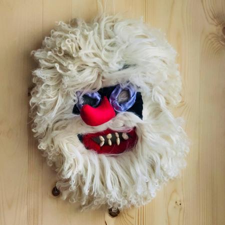 Mască decorativă tradițională model 40