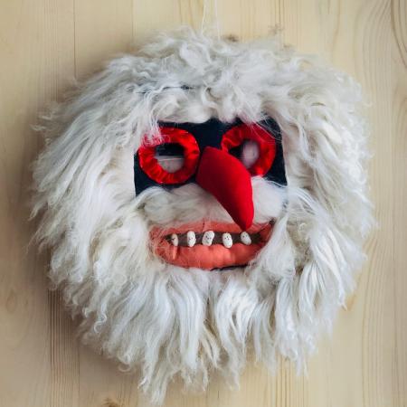 Mască decorativă tradițională model 60