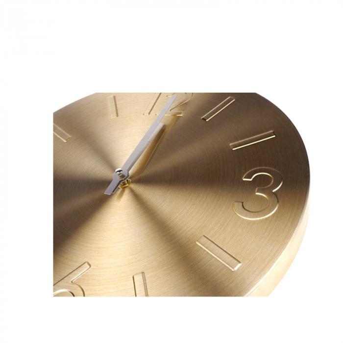 Ceas de perete Auriu din Aluminiu, cu limbi Argintii, D35 cm 1