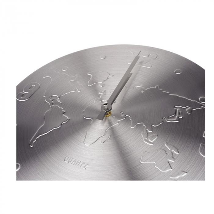 Ceas de perete Argintiu, din Aluminiu, cu limbi Argintii, D 35cm, model Harta Lumii 2