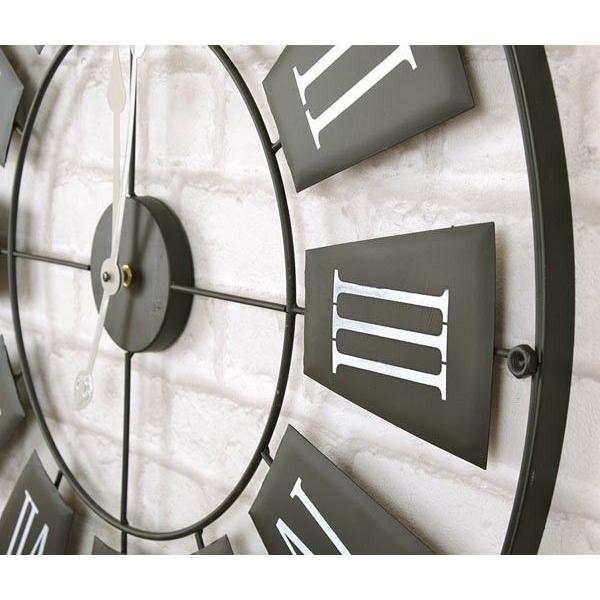 Ceas de perete din metal, Negru cu limbi Gri si cifre romane Mari Albe, D 70cm, grosime 2cm 1