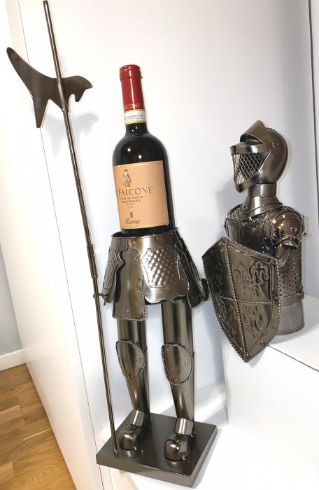 Suport din Metal lucios pentru Sticla de Vin, model Cavaler in Armura, Capacitate 1 Sticla, Crom Lucios, H 61 cm [4]