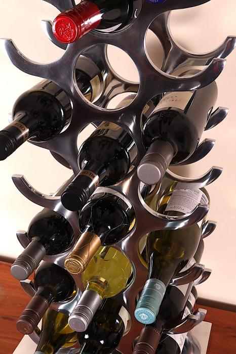 Suport modern pentru Sticle de Vin, din Aluminiu, capacitate 27 sticle, Argintiu, 100 cm x 33.5 cm 5
