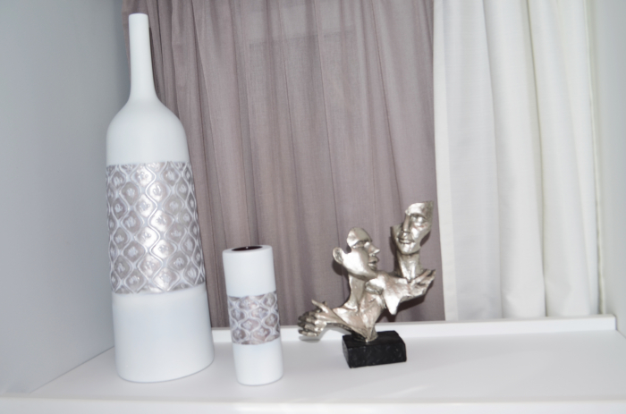 Vaza alb/argintiu, din polirezina, 59 cm x 16.5 cm 4