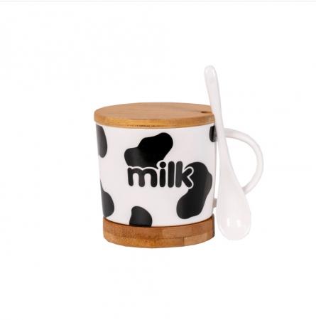 Cana cu lingurita ceramica, suport si capac din bambus, model milk, Negru 300 ml [0]