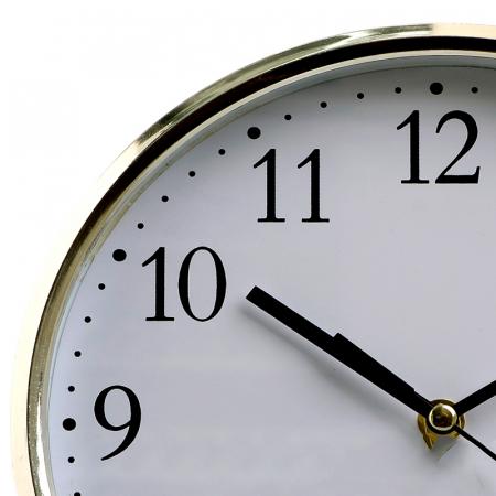 Ceas perete din plastic culoare argintie diametru 25 cm [2]
