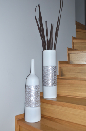 Vaza alb/argintiu, din polirezina, 50 cm x 15 cm2