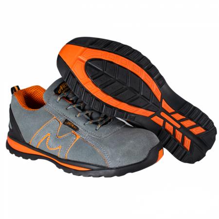caut pantofi de lucru de lucru)