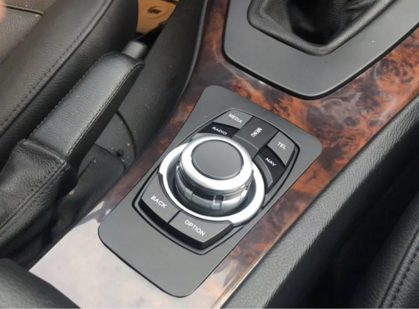 Navigatie BMW Seria 3 E90 ( 2005 - 2013 ) , Android , 4 GB RAM + 32 GB ROM , Internet , 4G , Youtube , Waze , Wi Fi , Usb , Bluetooth , Mirrorlink 5