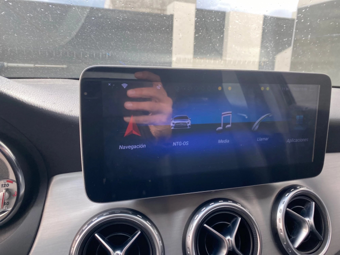 Navigatie Mercedes GLA X156 ( 2014 - 2018 ) , 8 GB RAM + 64 GB ROM , Slot Sim 4G LTE , Android , Procesor Octa Core , Internet , Aplicatii , Waze , Wi Fi , Usb , Bluetooth [1]