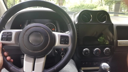 Navigatie Jeep Compass ( 2010 - 2016 ) , Android , Display 9 inch , 2GB RAM +32 GB ROM , Internet , 4G , Aplicatii , Waze , Wi Fi , Usb , Bluetooth , Mirrorlink 2