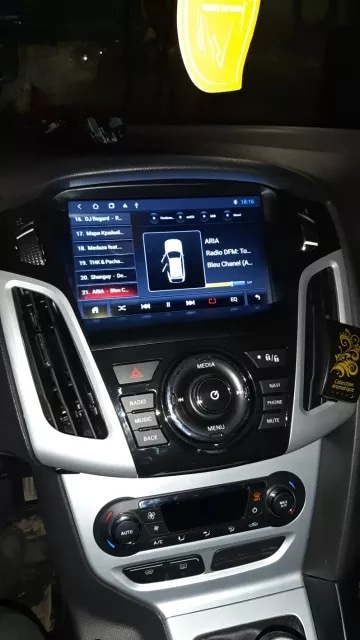 Navigatie Ford Focus ( 2012 - 2018 ) , Slot SIM 4G , Android 10 , 2 GB RAM + 32 GB ROM , Internet , 4G , Aplicatii , Waze , Wi Fi , Usb , Bluetooth 3
