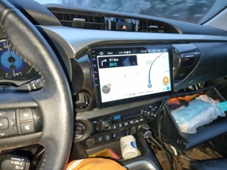 Navigatie Toyota Hilux ( 2015 - 2020 ) , Android , Display 9 inch , 2GB RAM +32 GB ROM , Internet , 4G , Aplicatii , Waze , Wi Fi , Usb , Bluetooth , Mirrorlink3