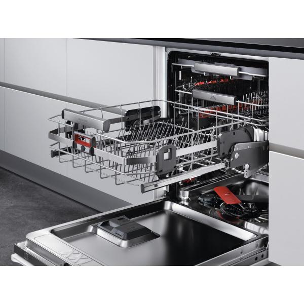 Masina de spalat vase incorporabila ComfortLift 13 seturi Motor Inverter cu usa culisanta A+++ 3