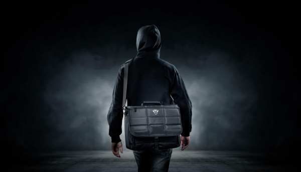 "Trust GXT1270 Bullet Messenger Bag 15.6"" 10"