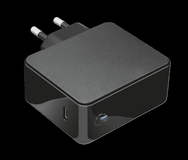Trust Maxo 61W USB-C Charger for Macbook 1