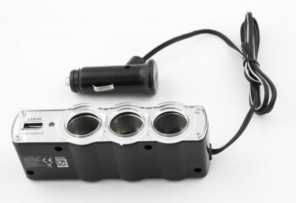 Incarcator telefon si dispozitive mobile port  USB  pentru Auto cu splitter 3 iesiri prize bricheta pentru folosirea concomitenta a aparatelor 2