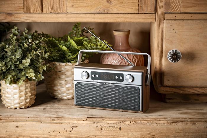 Radio bluetooth 5.0 MECR1183 portabil cu aspect retro,  memorie 50 posturi, redare de pe USB si card SD, intrare auxiliara, ceas, putere 16W 7