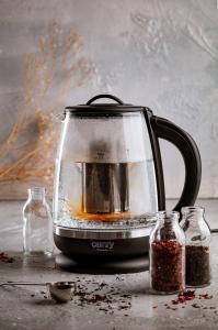 Cana electrica cu reglare temperatura 60-100 ° C si filtru ceai Camry 2l1