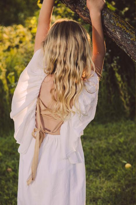 Rochie cu spatele gol [1]