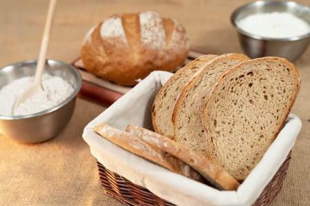 Rotundă Românească pâine cu secară și maia2