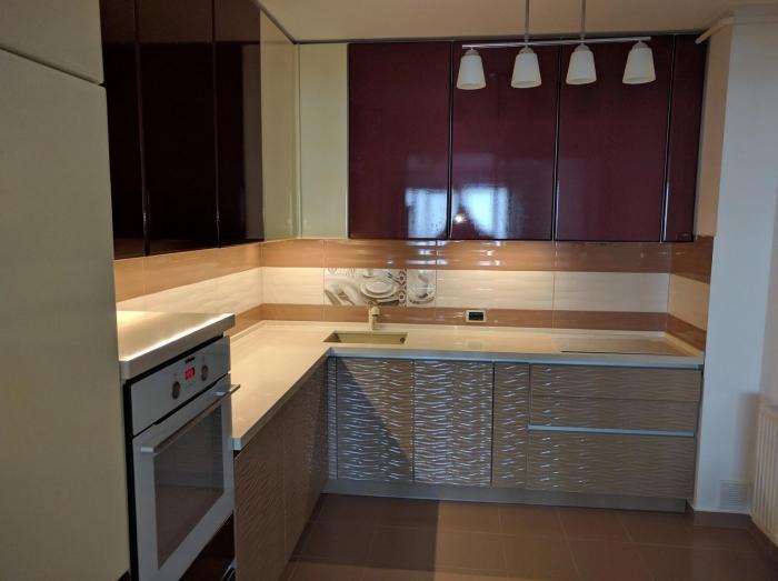 Mobilă Bucătărie la Comandă Norvinia în L, Producător Brașov 0
