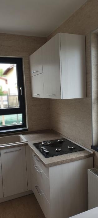 Mobilă Bucătărie la Comandă Norvinia în U, Producător Brașov 9