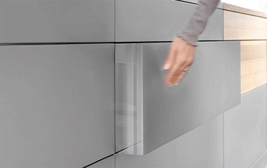 Tehnologie uși și sertare Tip-On [0]