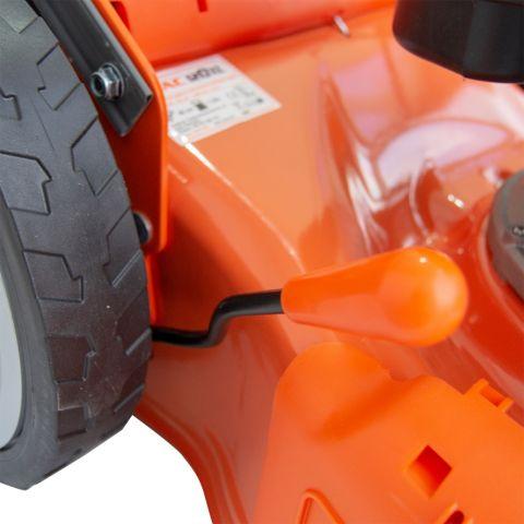 Maşină de tuns gazon DAC 120XL 5