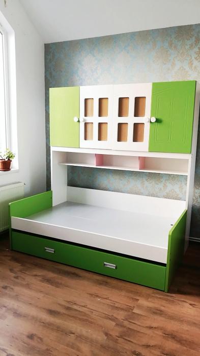 Pat din  MDF cu dulap 4 uși și etajeră pentru cameră copii [1]