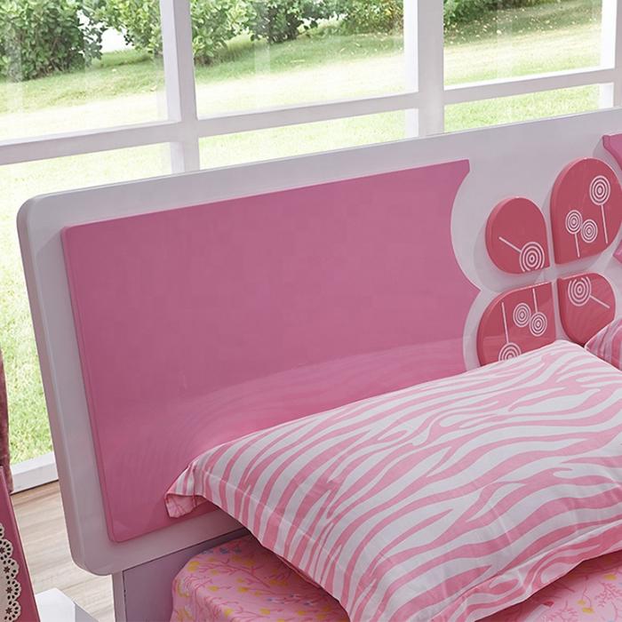 Set mobilier Childhood din MDF pentru camera copii 4 piese: pat 120 x 190cm, noptiera, dulap 2 usi, birou -cod 8861 [6]