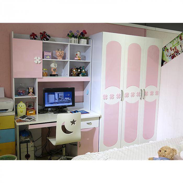 Set mobilier dormitor Sirena din MDF pentru camera fete: pat, noptiera, dulap 3 usi, birou 3