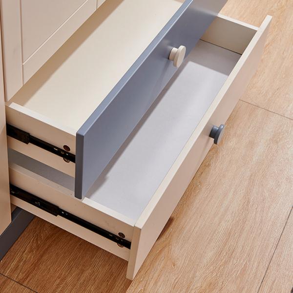 Set mobilier Bingo din MDF si lemn masiv pentru camera copii 4 piese: pat 120 x 190cm, noptiera, dulap 3 usi, birou -cod 8921 13