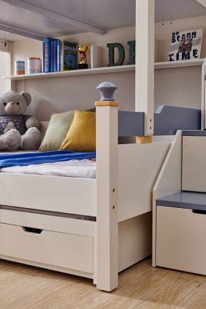 Pat supraetajat Guard  din lemn masiv si MDF, cu 3 sertare pentru depozitare,  scară si dulap depozitare 4 sertare pentru dormitor copii cod 918 [7]