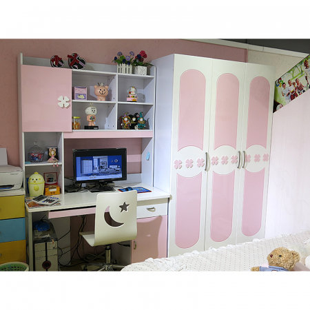 Set mobilier Sirena din MDF pentru camera copii 4 piese: pat tapițat cu 2 sertare depozitare, noptieră, dulap 3 usi, birou - cod 8733