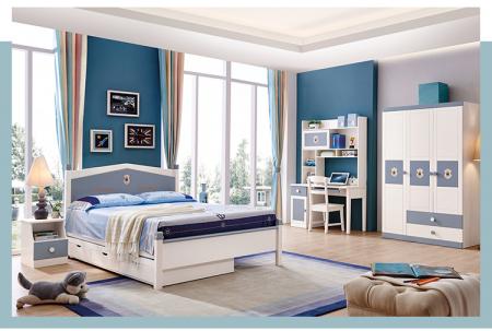 Set mobilier Football din MDF si lemn masiv pentru camera copii 4 piese: pat 120 x 190cm, noptiera, dulap 3 usi, birou -cod 8911 [0]