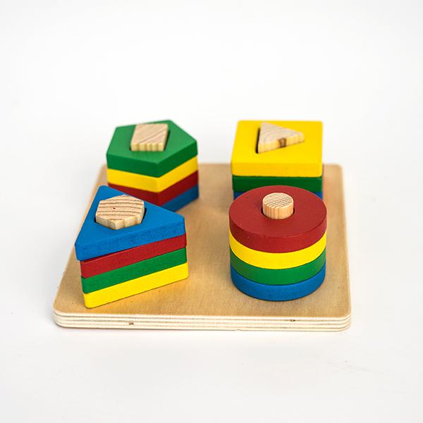 Jucarie din lemn - potrivire 4 forme geometrice 0