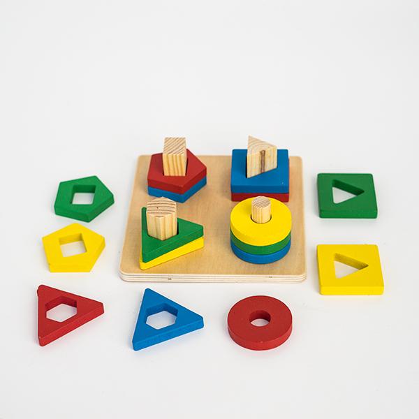 Jucarie din lemn - potrivire 4 forme geometrice 1