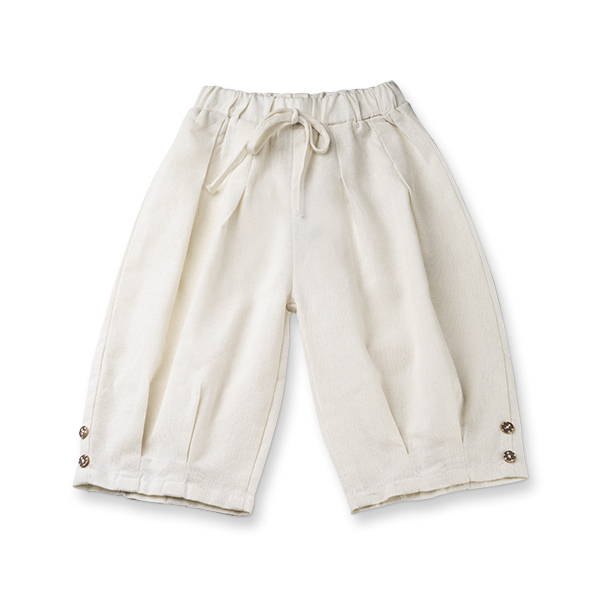 Pantaloni albi de in cu cute si nasturi 0