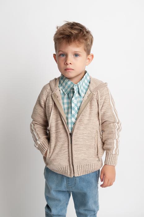 Cardigan din tricot 0