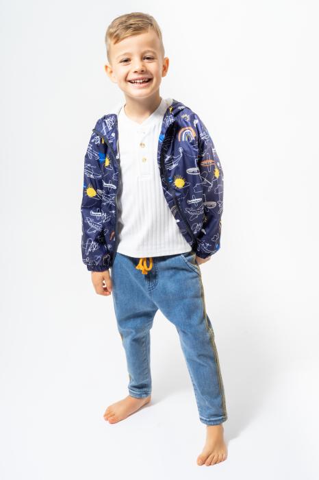 Jachetă subtire cu gluga 0