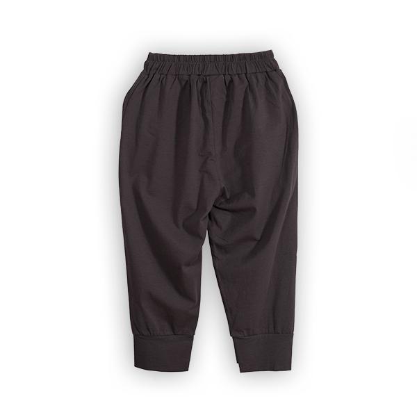 Pantaloni jogger trei sferturi [1]