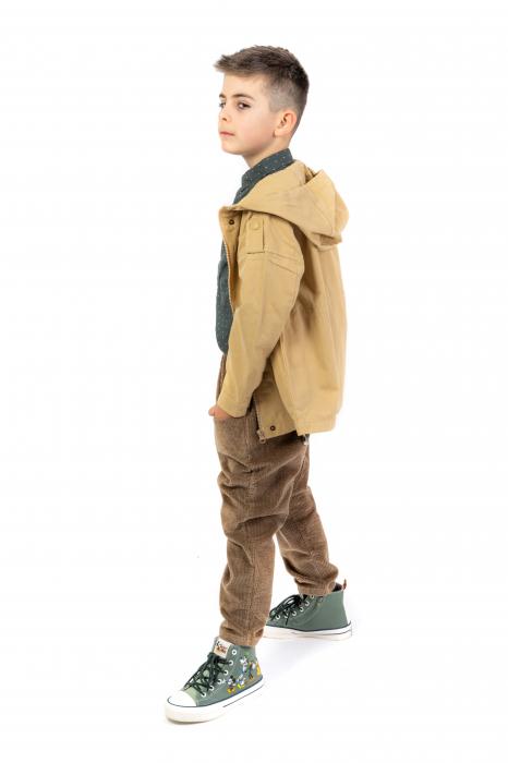 Pantaloni maro din catifea [4]