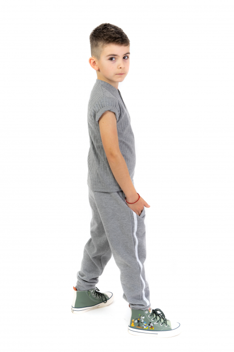 Pantaloni sport cu dunga laterala 2