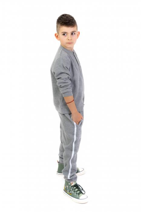 Pantaloni sport cu dunga laterala 0